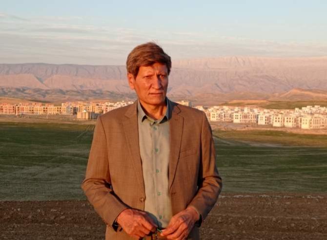نیروی شاخص دکتر لاهوتی رئیس آموزش و پرورش چرام شد / عزیزی رفت ، بازی بناری آمد
